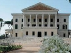 Ass.ne Archimede - Il Casino Nobile a Villa Torlonia - domenica 5 dicembre ore 9,40